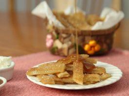 Biscoitos de massa folhada com recheio de maçã