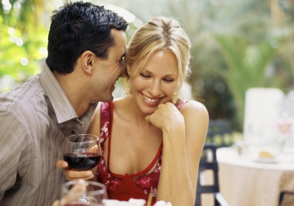 que faz um relacionamento durar é contar piadas