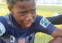 criança denuncia racismo durante jogo de futebol