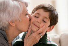 """idosos """"obrigados"""" pelos filhos cuidar netos"""