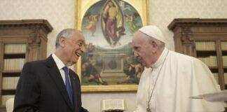 Marcelo e Papa encontram-se